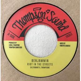 Benjammin – Riot In The...